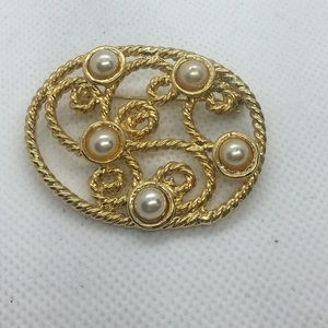 4 for $12: Gold Tone/Faux Pearl Brooch